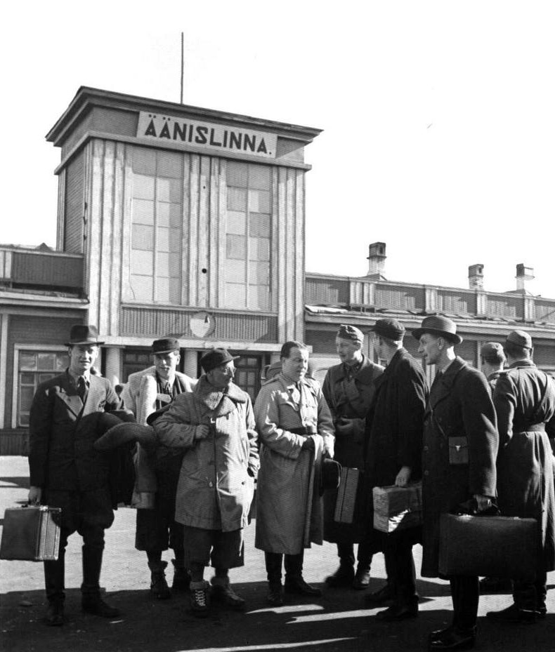 Early 1940's. Journalists in the railway station
