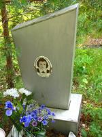 31. heinäkuuta 2006. Hauta Besovetsin kalmistossa