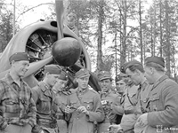 May 21, 1942. From left to right: Eero Kinnunen, Lauri Pekuri, Heimo Lampi, Paavo Koskela, Urho Lehto, Väinö Pokela, Osmo Lehtinen, Eino Peltola and Sulo Lehtiö
