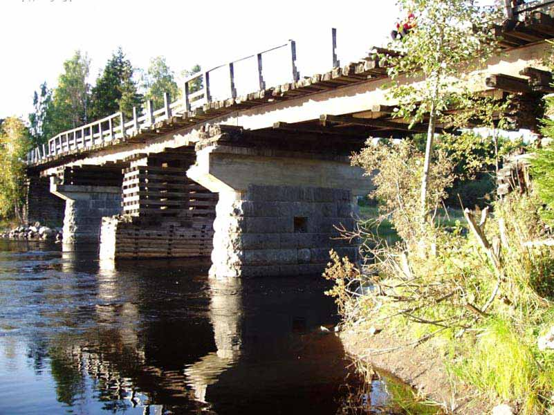 September 11, 2005. Hämekoski. Bridge across the Jänisjoki River