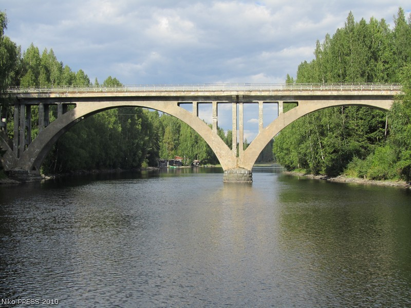 August 22, 2010. Railway Bridge across the Jänisjoki River