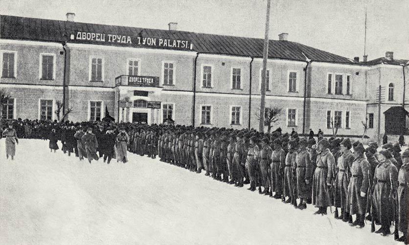 1928 год. Карельский егерский батальон на параде в Петрозаводске
