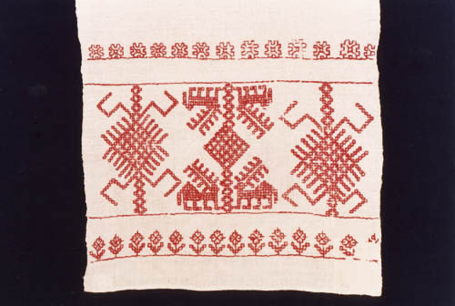 Middle Karelian embroidery