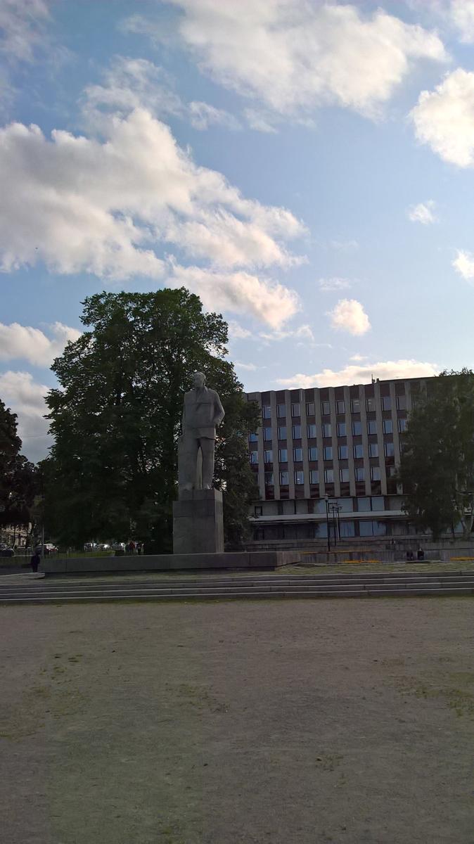 9 августа 2019 года. Памятник Куусинену в Петрозаводске