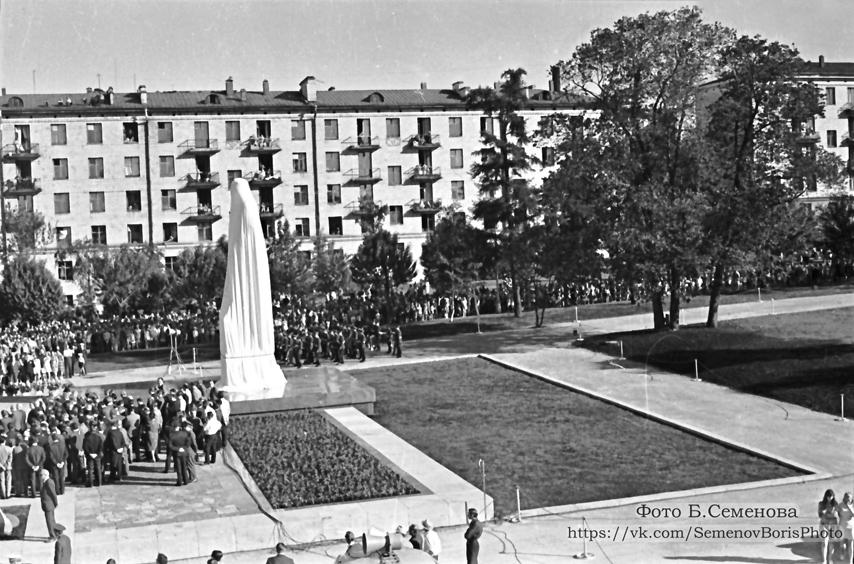 22 июня 1973 года. Открытие памятника Куусинену в Петрозаводске