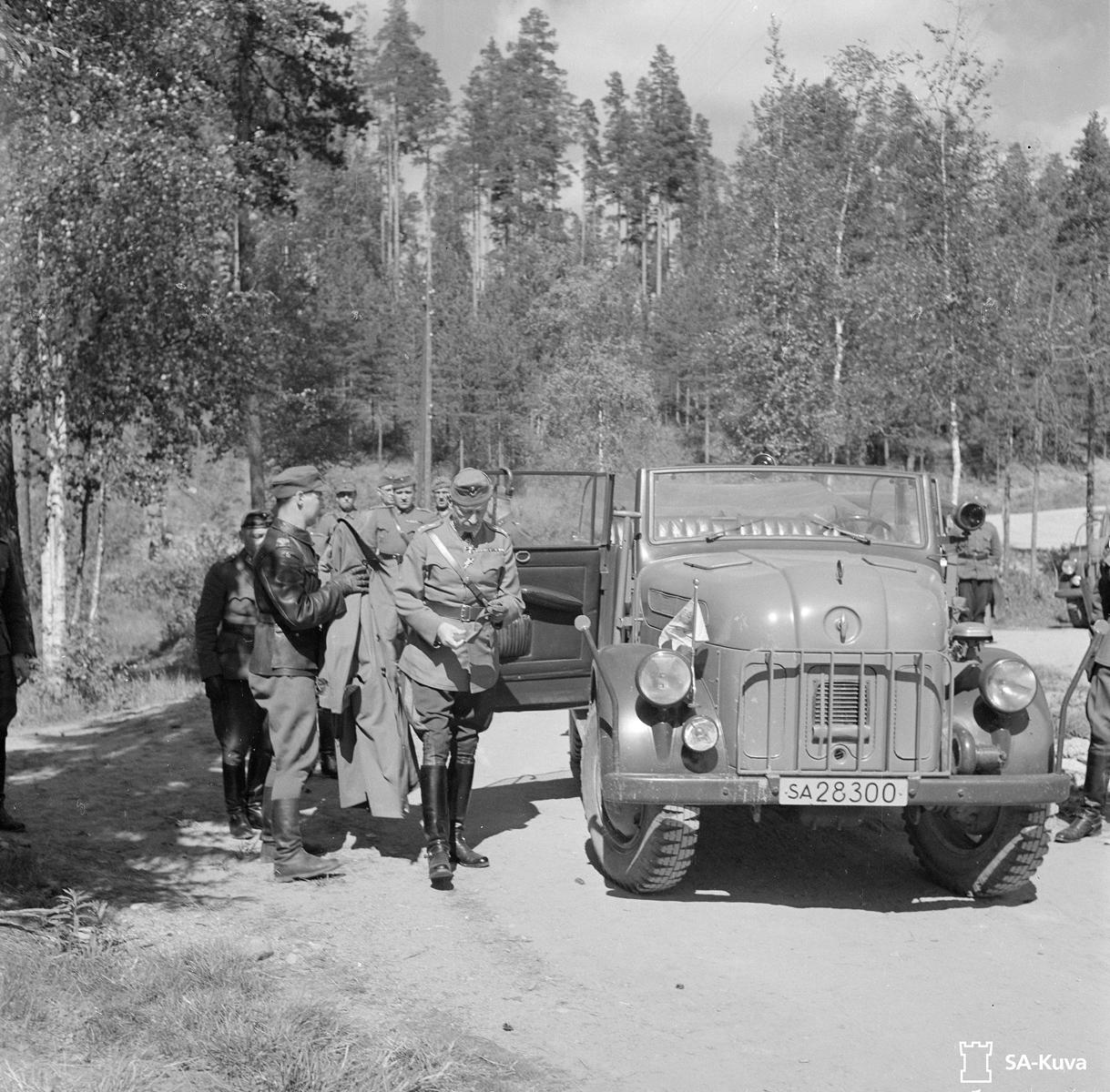 30. toukokuuta 1943. Mannerheim Huuhanmäessä