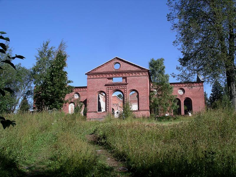 August 19, 2007. Ruins of the church