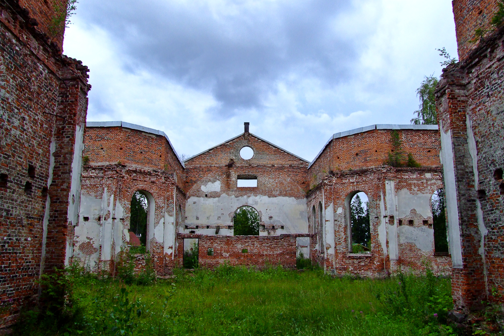 August 2, 2009. Ruins of the church