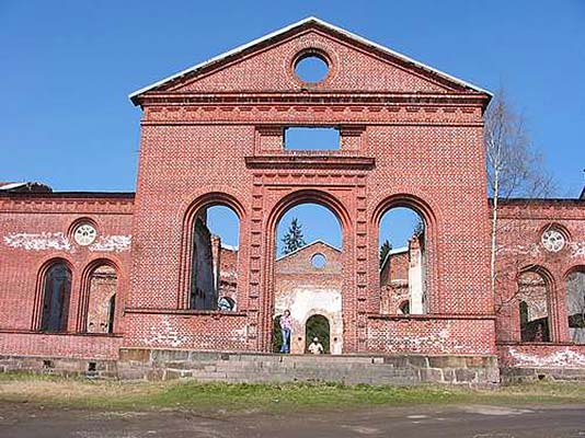 July 2004. Ruins of the church