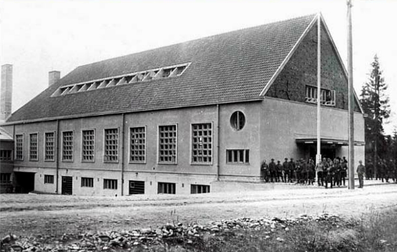 1930's. Huuhanmäki. The service building of Viborg regiment