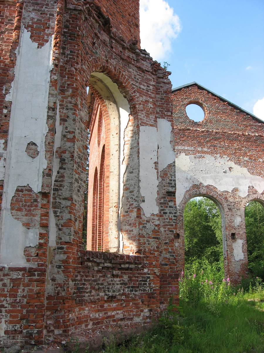 June 7, 2006. Ruins of the church
