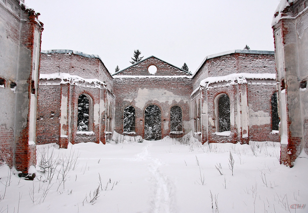 December 30, 2009. Ruins of the church
