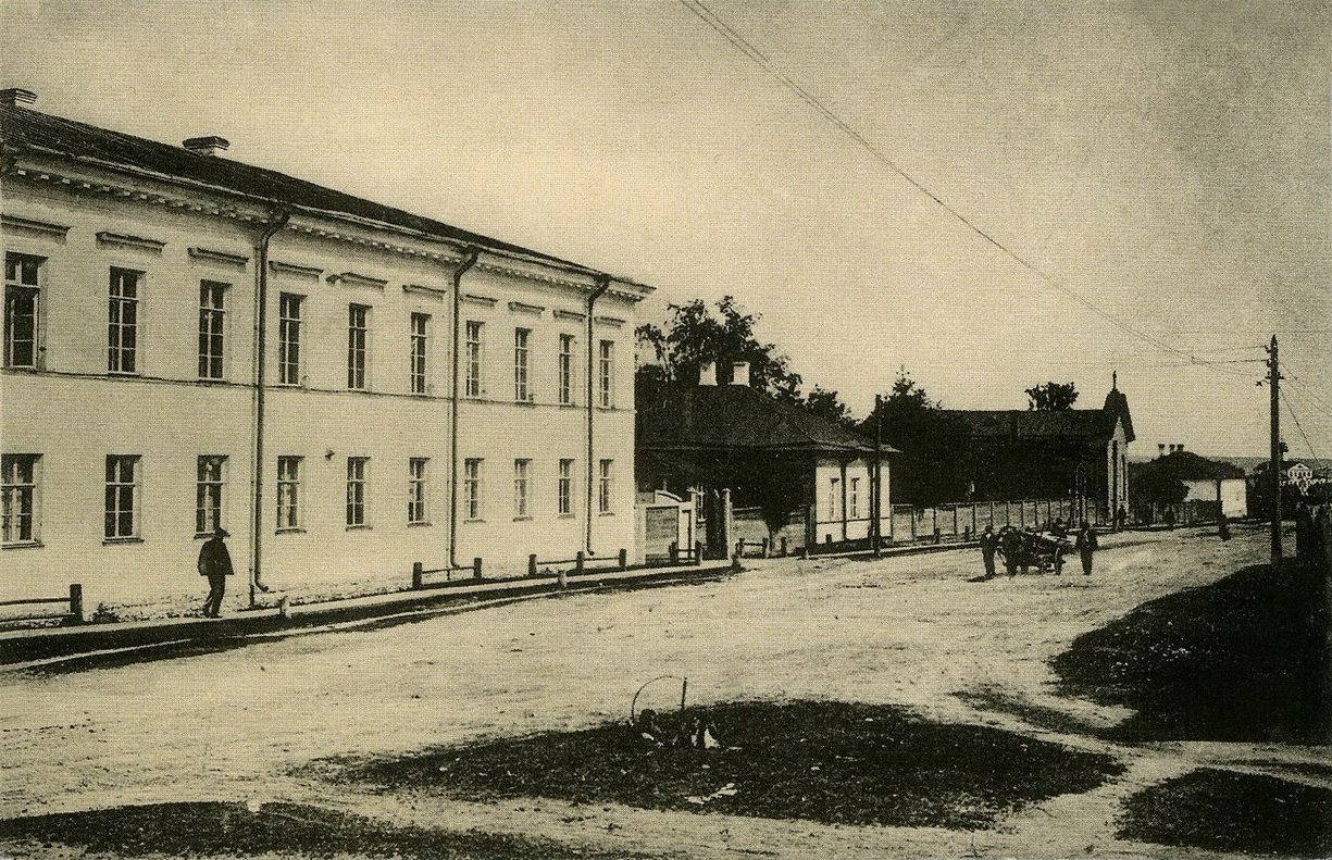 Early 1900's. Petrosavodsk. Gogolevskaya street: Mills hospital, mortuary, Lutheran church