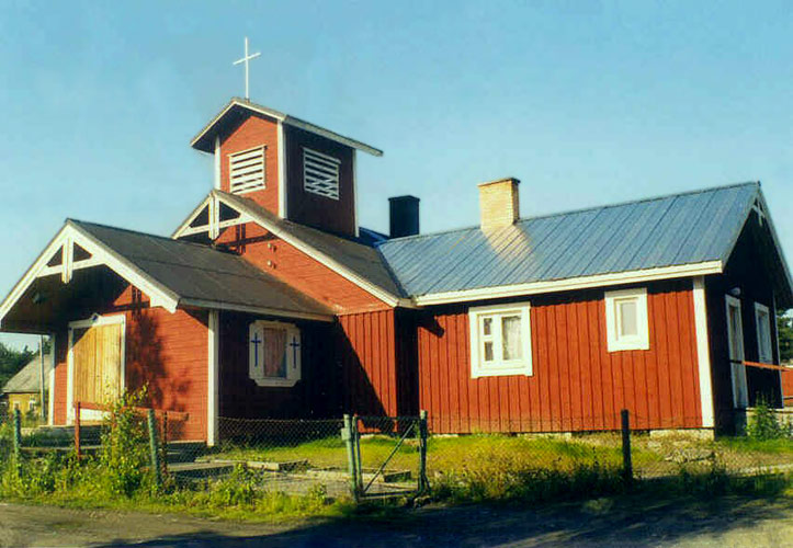 2004. Lutheran church in Chalna
