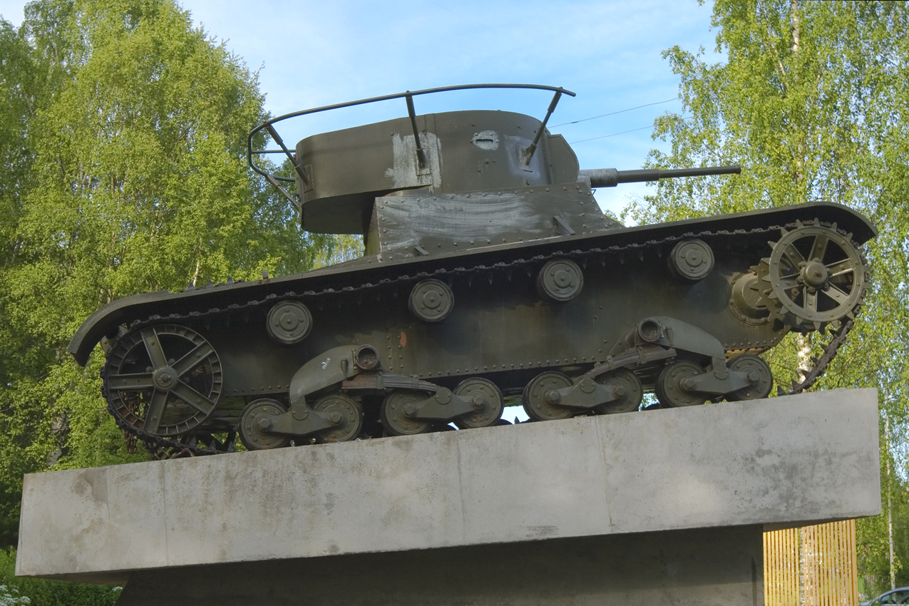 2010. Pitkäranta. Replica of tank T-26