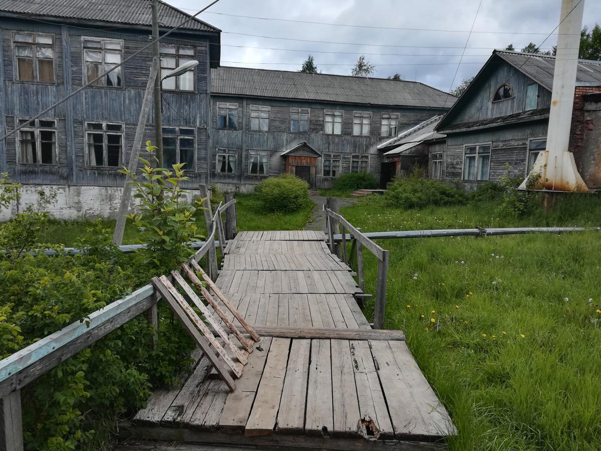 7 июня 2018 года. Станция Деревянка. Школа