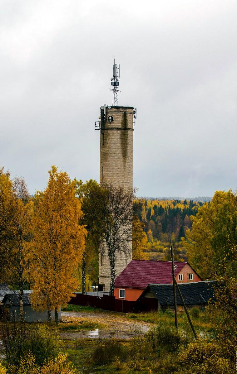 Lokakuu 2017. Uusikylä. Vesitorni