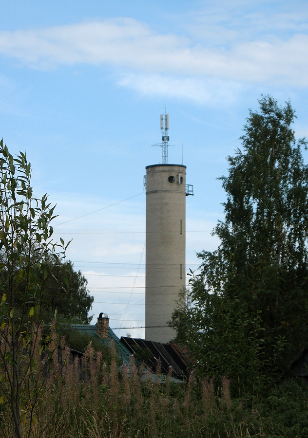 August 21, 2010. Derevjanka station. Water tower