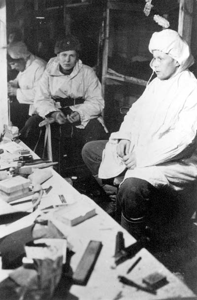 January 1940. Finnish dug-out in the winter of 1940