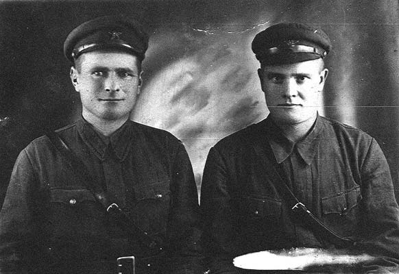Late 1930's. The private of the 44th division Feodor Klimentievich Roshak, born in 1908 in the village Kharlievka (Popeplnyatsky district, Zhitomir region, Ukraine)