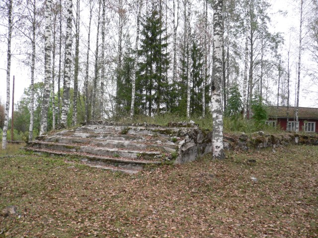 September 3, 2006. Ruins of the Ruskeala church