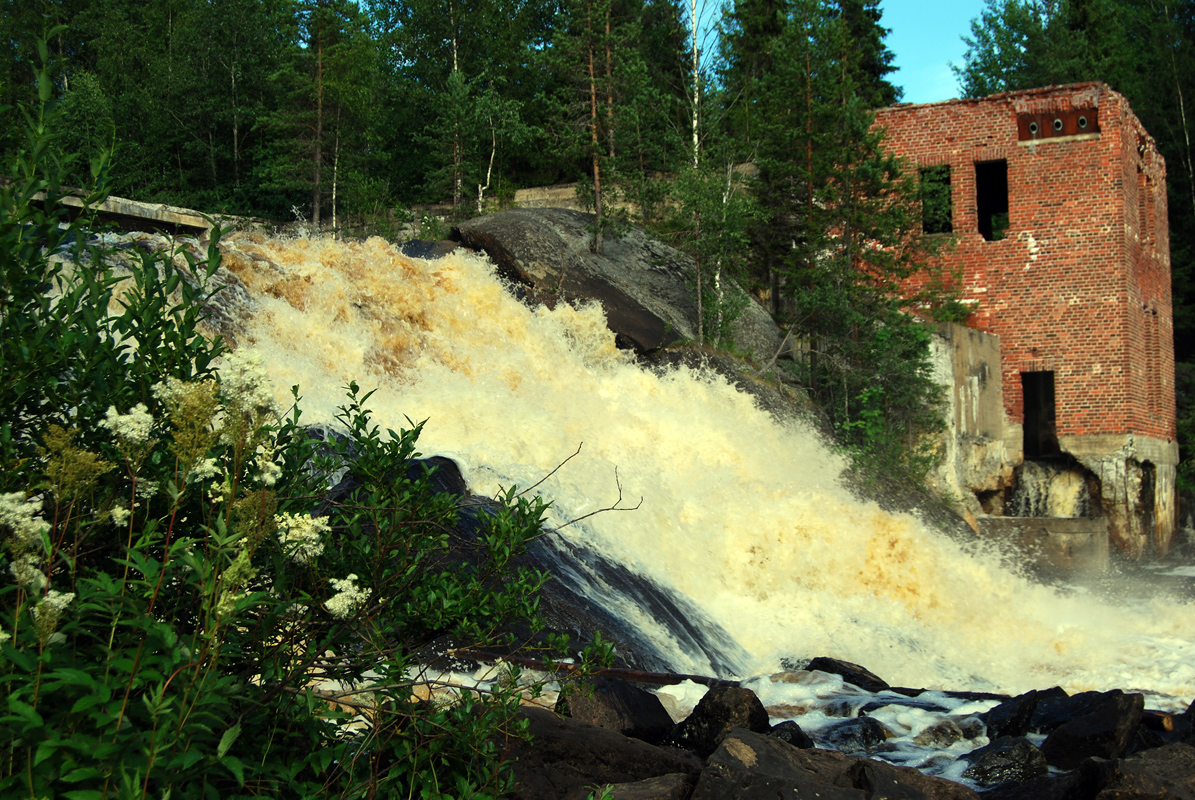 July 19, 2009. Ruskeala. Ryymäkoski. Power Station