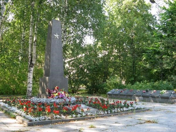 August 6, 2013. Solomennoye. Memorial to the Soviet soldiers