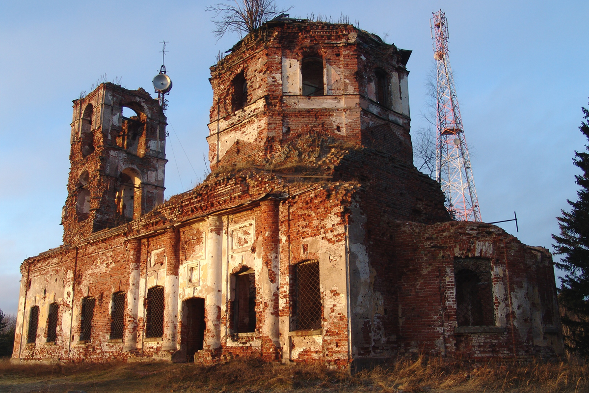 April 2007. Ruins of the orthodox church