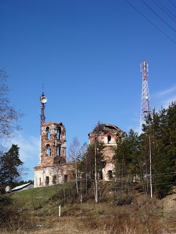 May 5, 2005. Ruins of the orthodox church