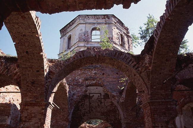 2003. Ruins of the orthodox church