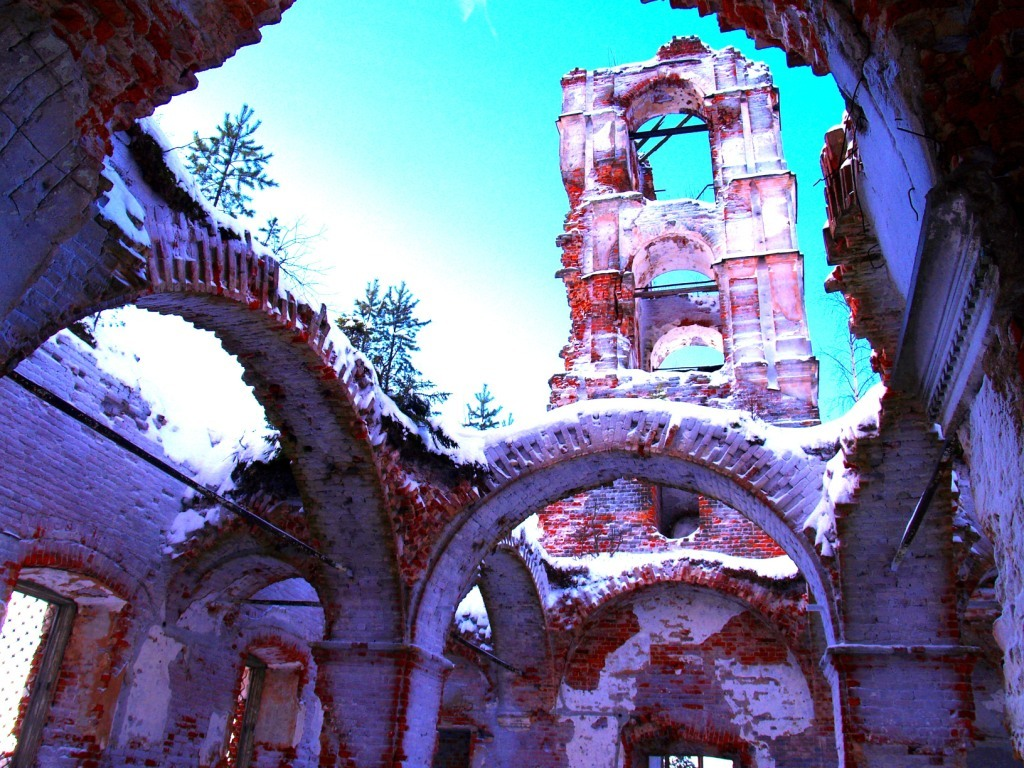 January 30, 2006. Ruins of the orthodox church