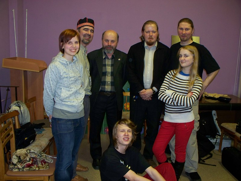 April 14, 2008. After the show together with the Finnish folk music student Emmi Kuittinen, Sattuma bass player Andrei Habonen and poet Vyacheslav Agapitov