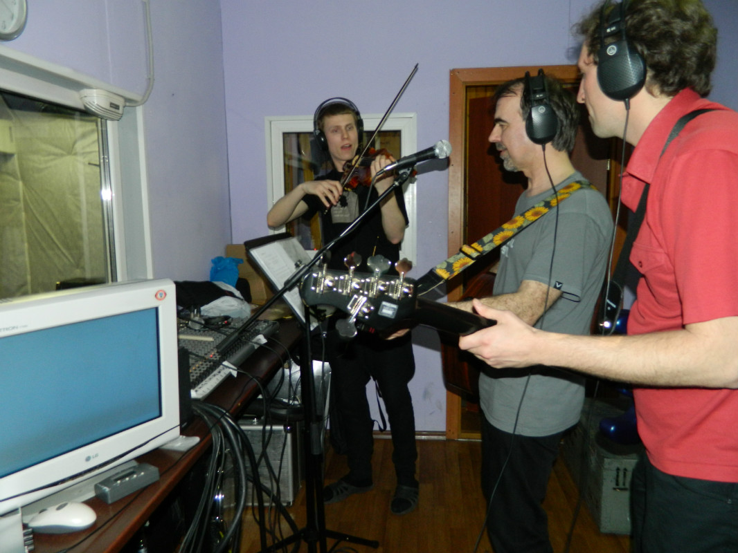 April 20, 2013. Recording the Joo Kyllä! album