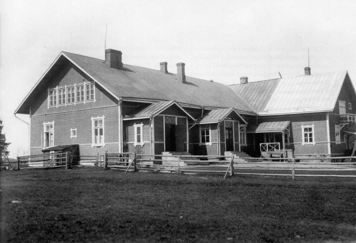 1930's. The Popular School in HVarpakylä